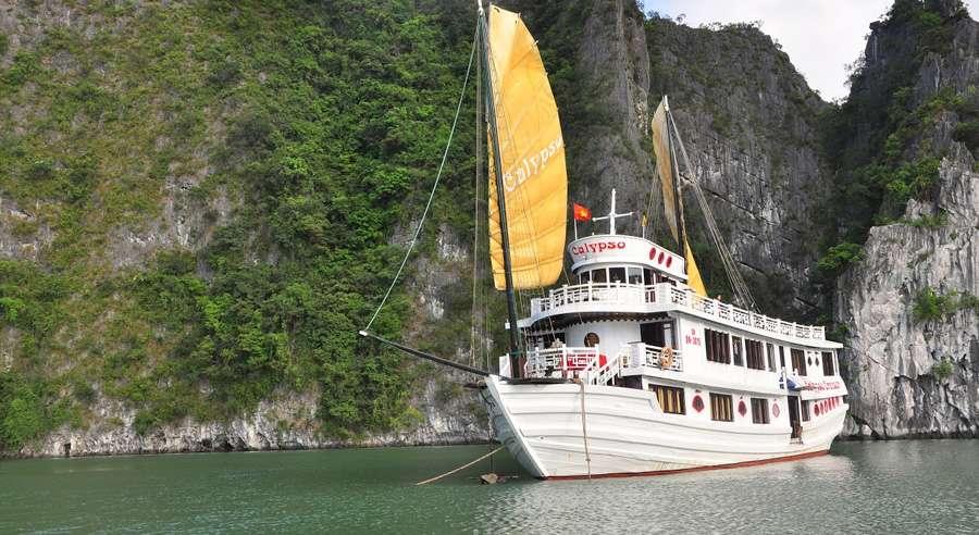 Calypso Cruise , Bai tu long Cruises, Calypso Cruise, Bai tu long 01