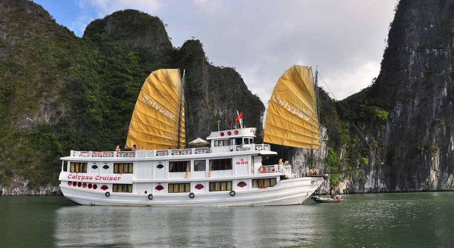 Calypso Cruise , Bai tu long Cruises, Calypso Cruise, Bai tu long 02