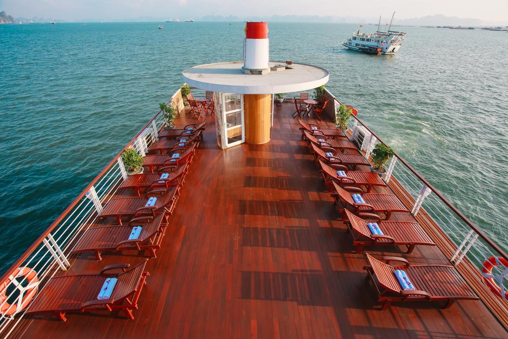 Cristina Diamond halong Bay, Cristina Diamond Cruise, Bai tu long Cruises, Cristina Diamond Cruise Bai tu long 11