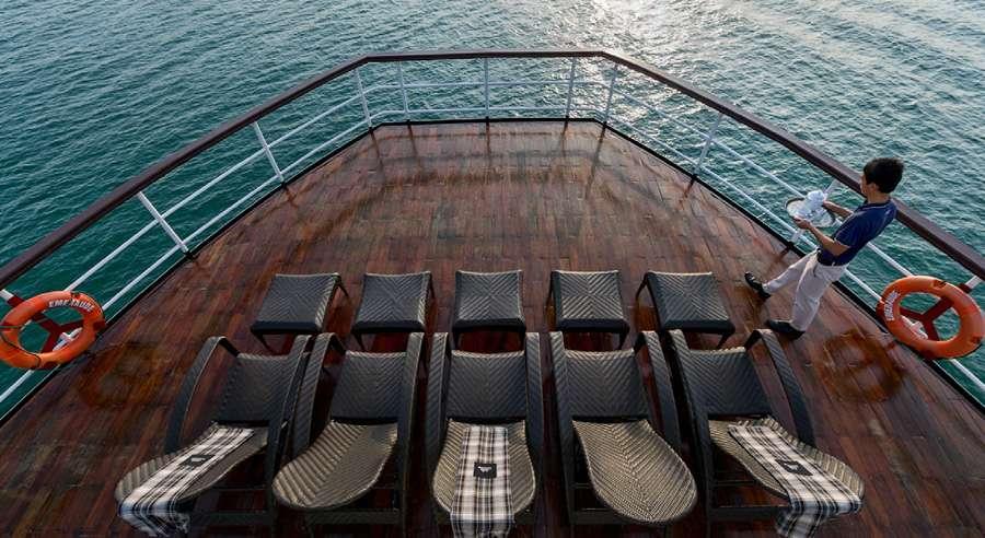 Emeraude Cruise, Ha long bay Cruises,Emeraude Cruise,Ha long bay 11