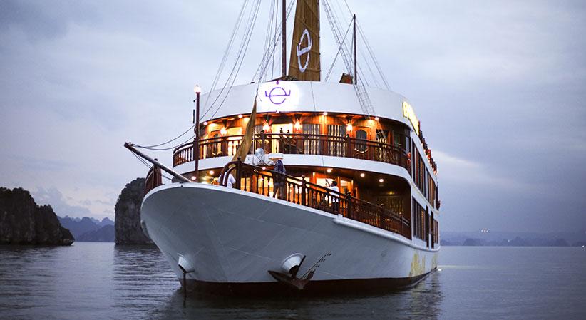 Emperor Cruise, Bai tu long Cruises,Emperor Cruise,Bai tu long 01