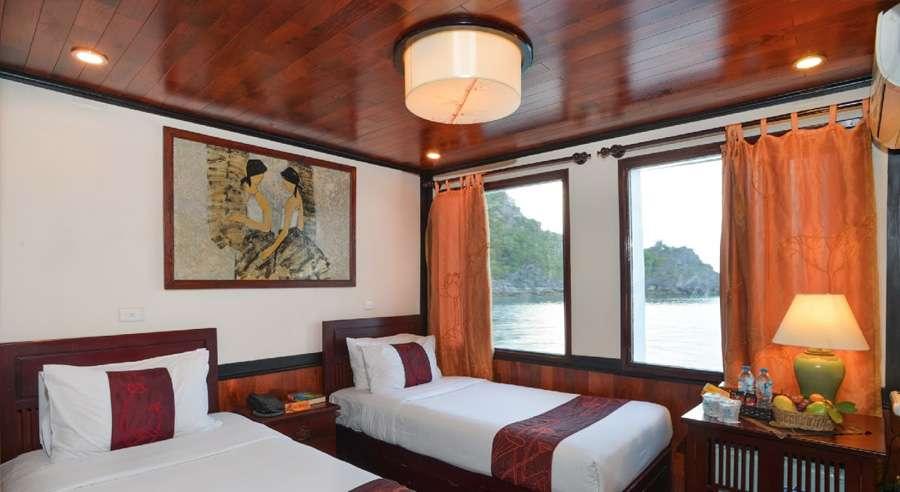 Oasis Bay Cruise , Ha long bay Cruises, Oasis Bay Cruise, Ha long bay 05
