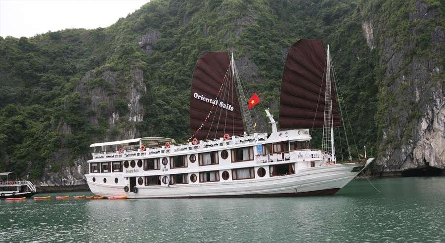 Oriental Sails Cruise, Bai Tu Long Cruises, Oriental Sails Cruise Bai Tu Long 01