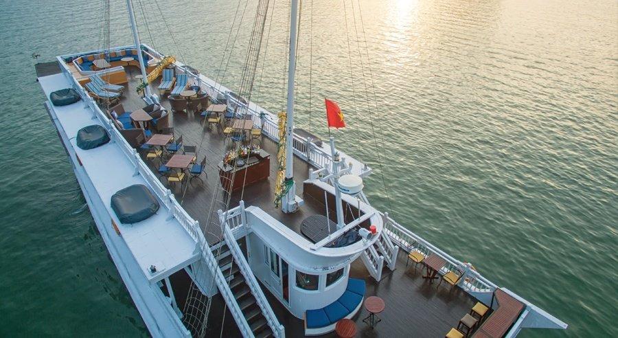 Paradise Luxury Cruise, Ha long bay Cruises, Paradise Luxury Cruise, Ha long Bay 04