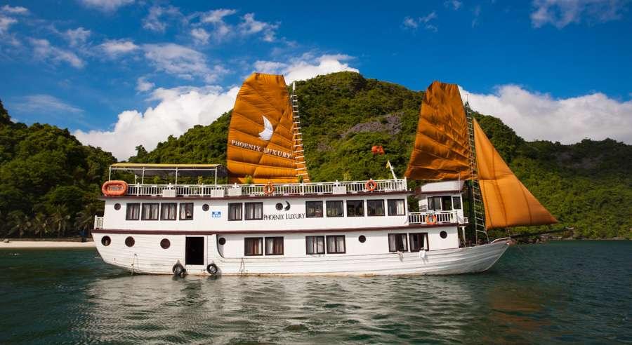 Phoenix Cruise, Halong Bay Cruises, Phoenix Cruise halong Bay 01