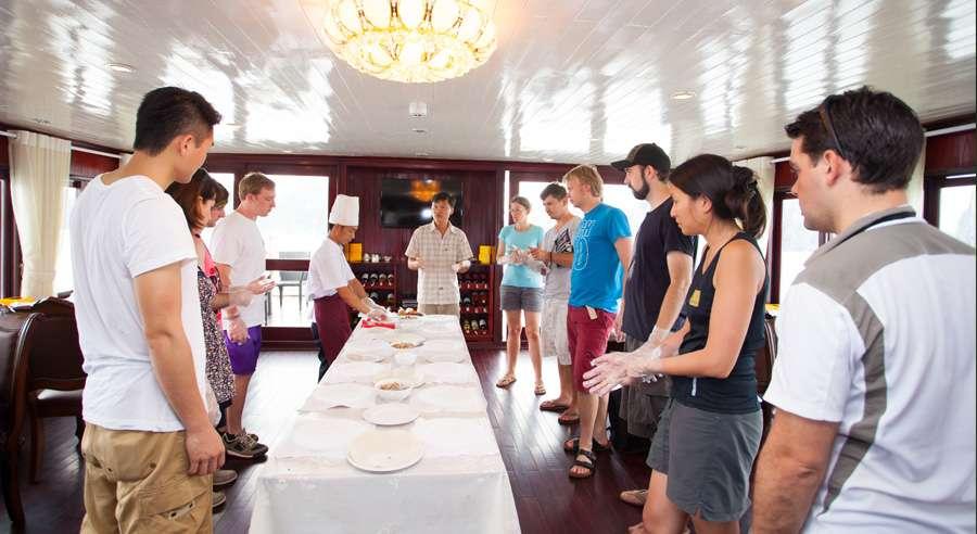 Phoenix Cruise, Halong Bay Cruises, Phoenix Cruise halong Bay 19