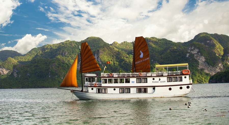 Phoenix Cruise, Halong Bay Cruises, Phoenix Cruise halong Bay 02
