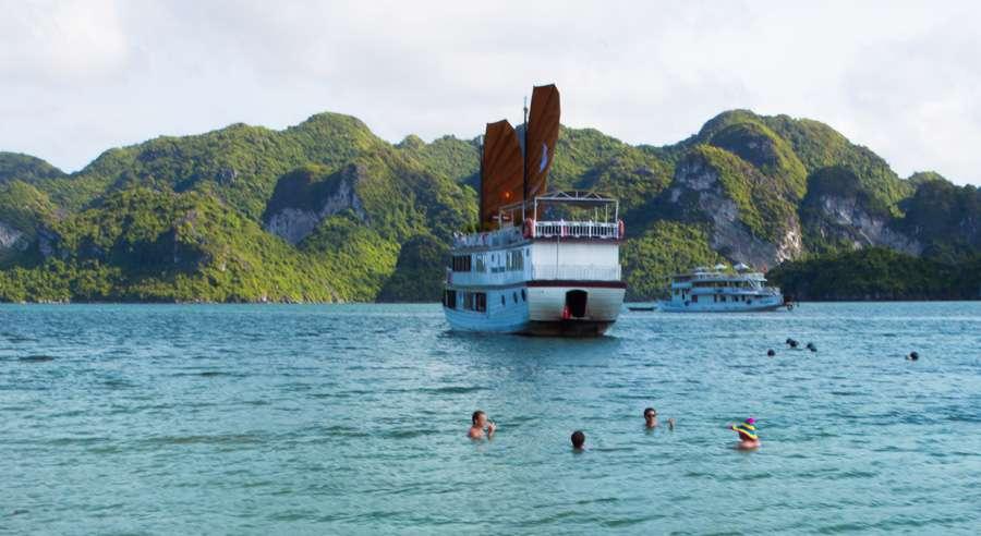 Phoenix Cruise, Halong Bay Cruises, Phoenix Cruise halong Bay 21