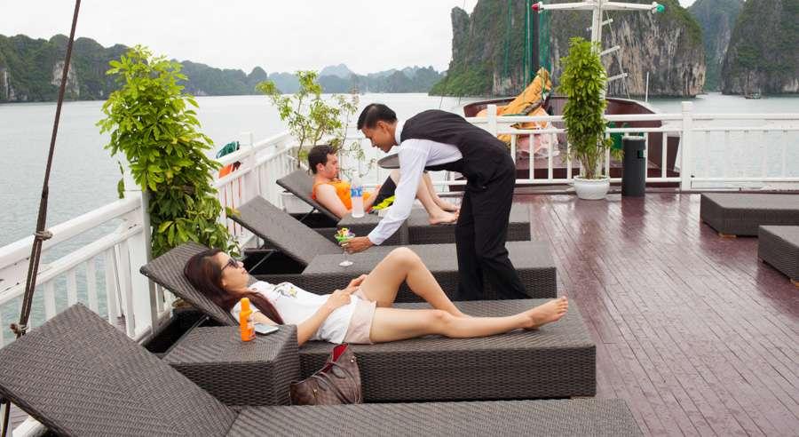 Phoenix Cruise, Halong Bay Cruises, Phoenix Cruise halong Bay 04
