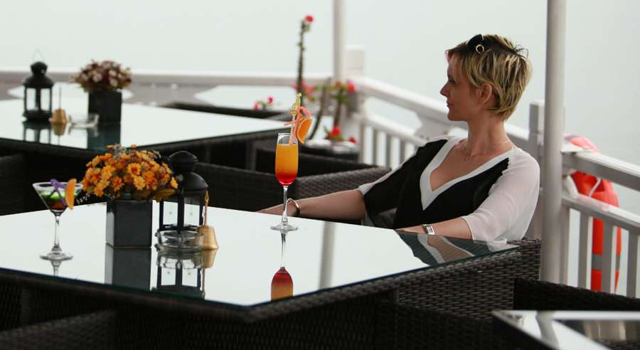 Phoenix Cruise, Halong Bay Cruises, Phoenix Cruise halong Bay 06