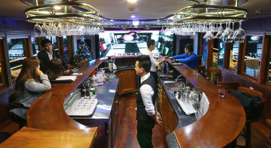 Royal Wings Cruise, Bai tu long Cruises,Royal Wings Cruise,Bai tu long 09