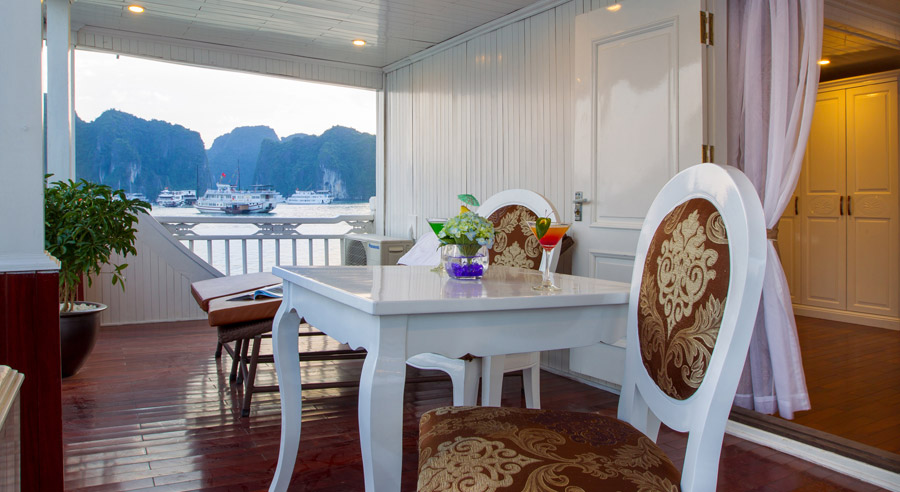 Signature Royal Cruise, Bai tu long Cruises, Signature Royal Cruise, Bai tu long 11