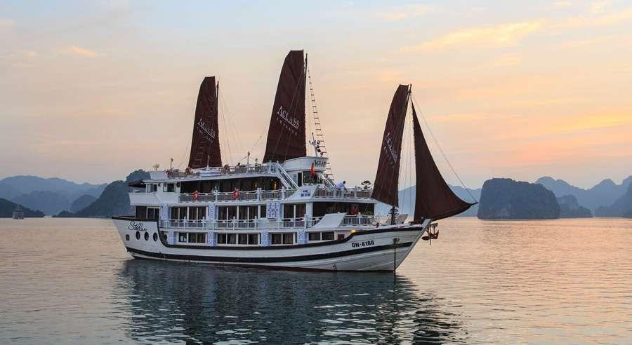 Stellar Cruise , Ha long bay Cruises, Stellar Cruise, Ha Long Bay 02