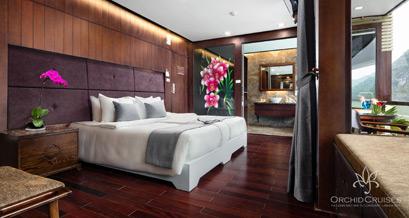 premium-suite-double-cabin-with-balcony-1