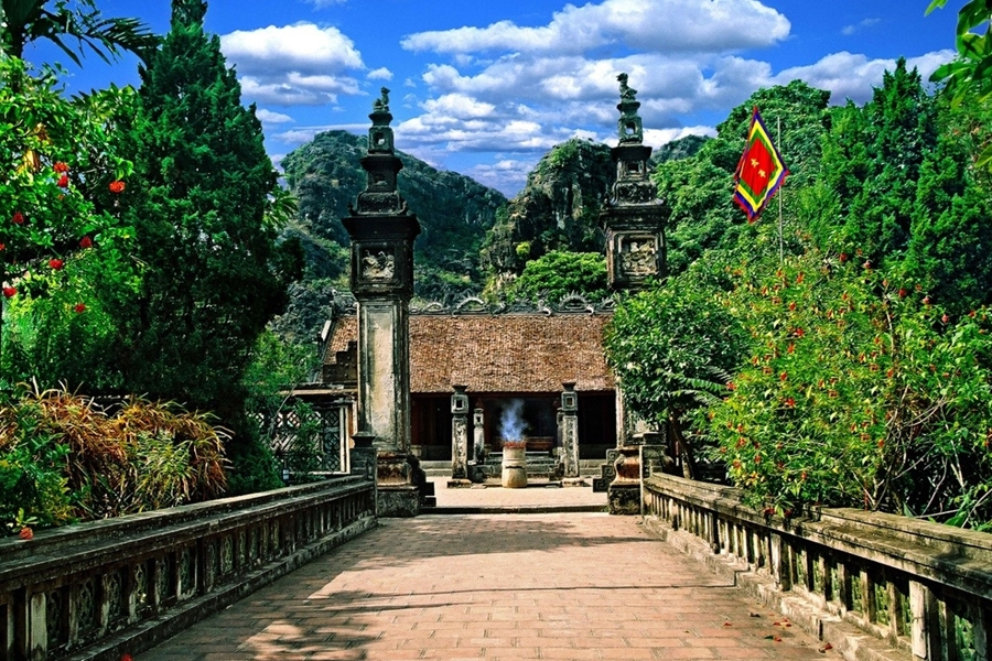 Dinh Le Temple, Cozy Vietnam Travel