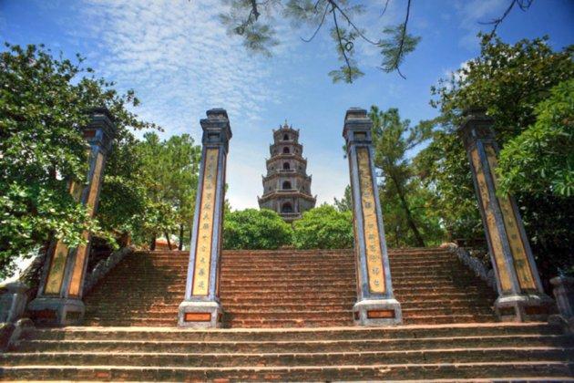 Thien Mu Pagoda, Hue City Tours, Hue Tours, Cozy Vietnam Package Travel