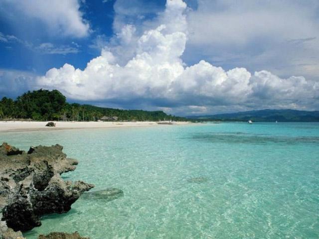 Quan Lan Beach in Quang Ninh, Cozy Vietnam Travel