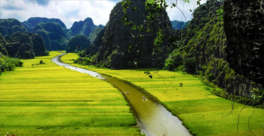 Tam Coc, Ninh Binh Tour, Cozy Vietnam Travel