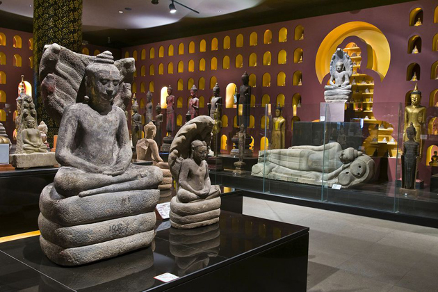 Angkor national museum, Indochina tour