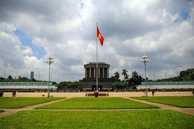 Hanoi city tour, Ho chi minh complex