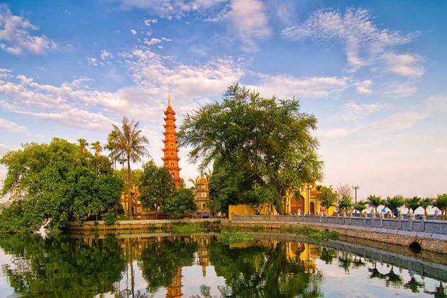 Tran Quoc Pagoda in Ha Noi, Tours, Cozy Vietnam Travel