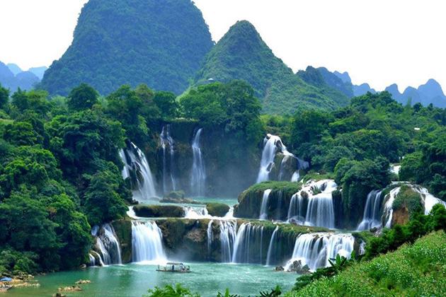 Ban Gioc Waterfall, Cao Bang Tour, Cozy Vietnam Tour