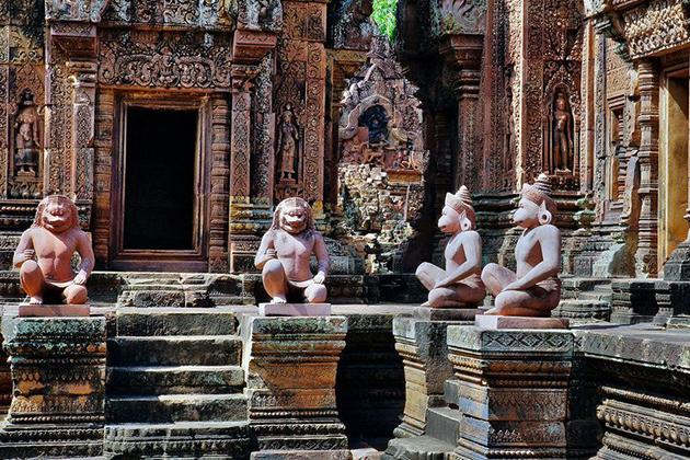 Banteay Srei Temple, Cozy Vietnam Travel