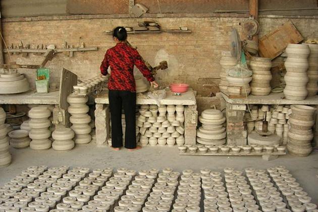 Bat Trang Ceramic Village in Hanoi, Tours, Cozy Vietnam Travel