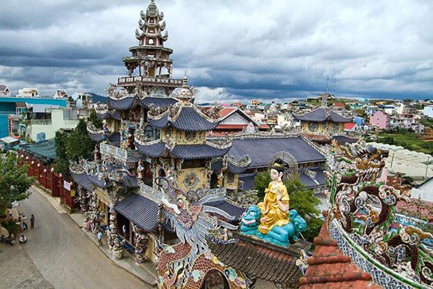 Pagoda in Da Lat, Cozy Vietnam Travel