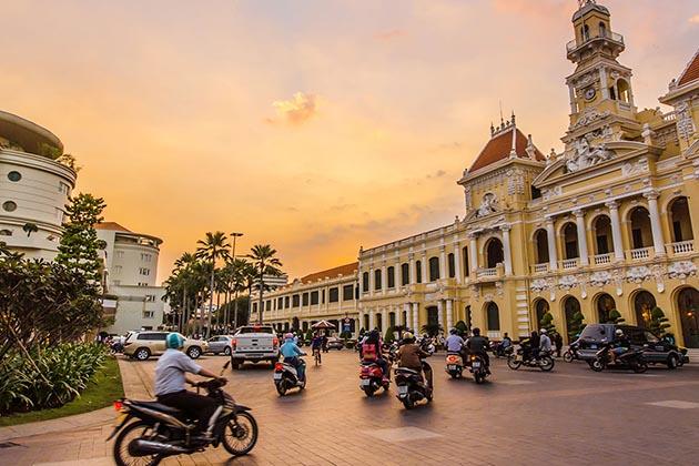 Summer Season in Ho Chi Minh , Cozy Vietnam Travel