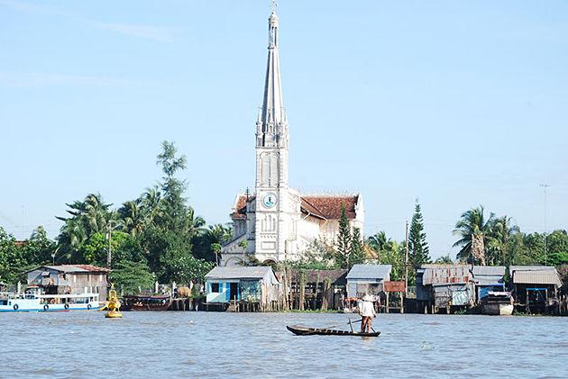 Cai Be Cathedral mekong ecolodge in Tan Phong island
