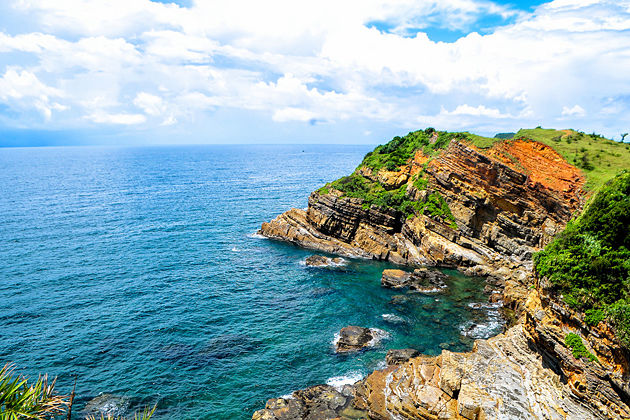 Cau My Stone Beach, Quang Ninh, Tour, Cozy Vietnam Travel