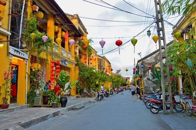 Hoi An Walking Tour, Hoi An Tours, Vietnam Package Tours, Cozy Vietnam Travel