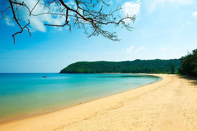 Dam Trau Beach in Con Dao Ba Ria Vung Tau, Tours, Cozy Vietnam Travel