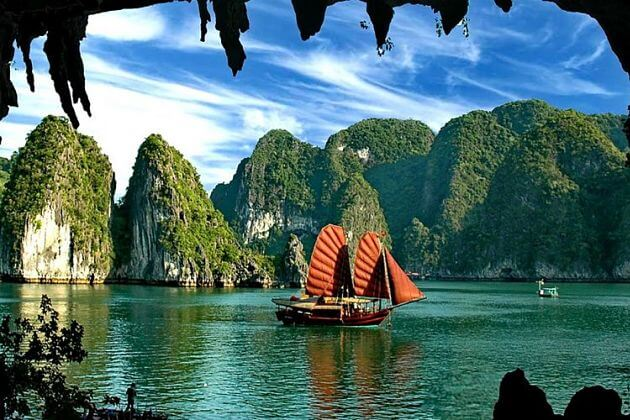 Halong Bay Overnight Cruise, Halong Bay Tours, Cozy Vietnam Travel