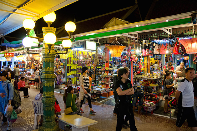 Ha Long Night Market in Quang Ninh, Tours, Cozy Vietnam Travel