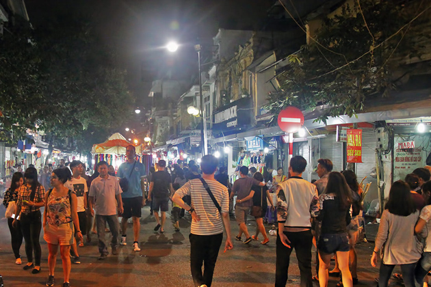 Hanoi Old Quarter Night Market, Cozy Vietnam Travel