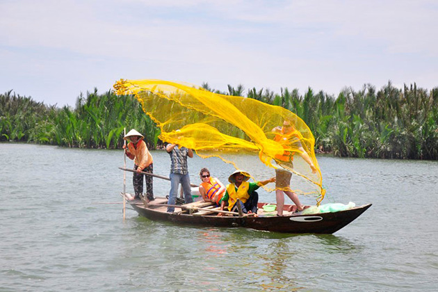 Hoi An Eco tour boat, Hoi an city tours, Vietnam Tours, Cozy Vietnam Travel
