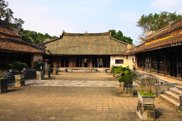 Tu Duc Tomb, Hue City Tours, Cozy Vietnam Travel Package Tours, Vietnam Tours