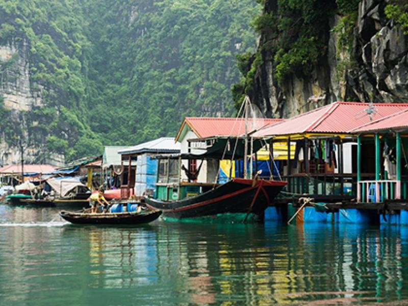 Vung Vieng fishing village Halong Bay Vietnam, Cozy Vietnam Travel