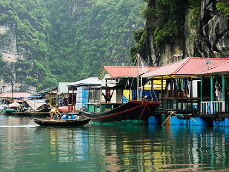 Visit Vung Vieng fishing village halong bay, Cozy Travel, Vietnam Tours