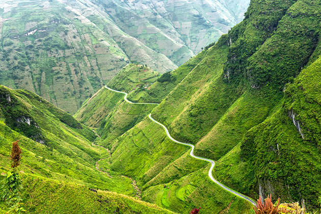 Ma Pi Leng Pass in Ha Giang, Cozy Vietnam Travel