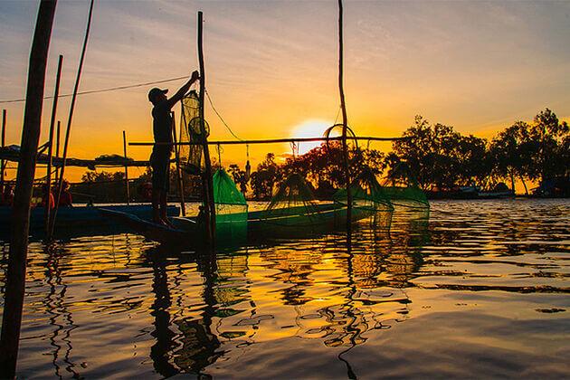 How To Cash Fish in Vinh Long, Cozy Vietnam Travel, Vietnam Tours, Mekong Delta Tours