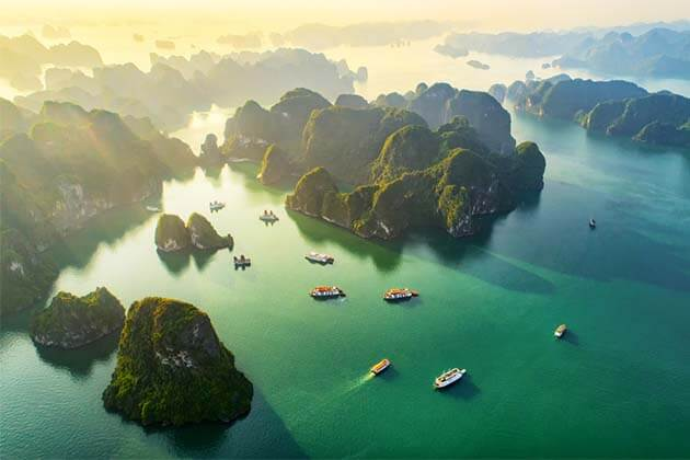 Halong bay tour, Overnight on cruise