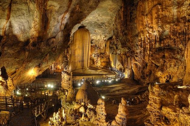 Phong Nha Cave, Quang Binh, Cozy Vietnam Travel