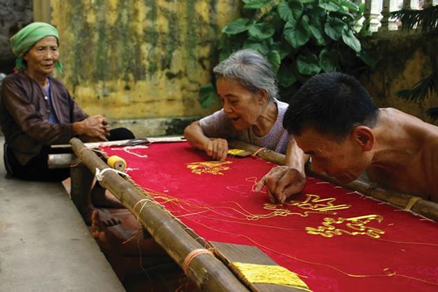 Quat Dong Embroidery Village in Hanoi, Cozy Vietnam Travel