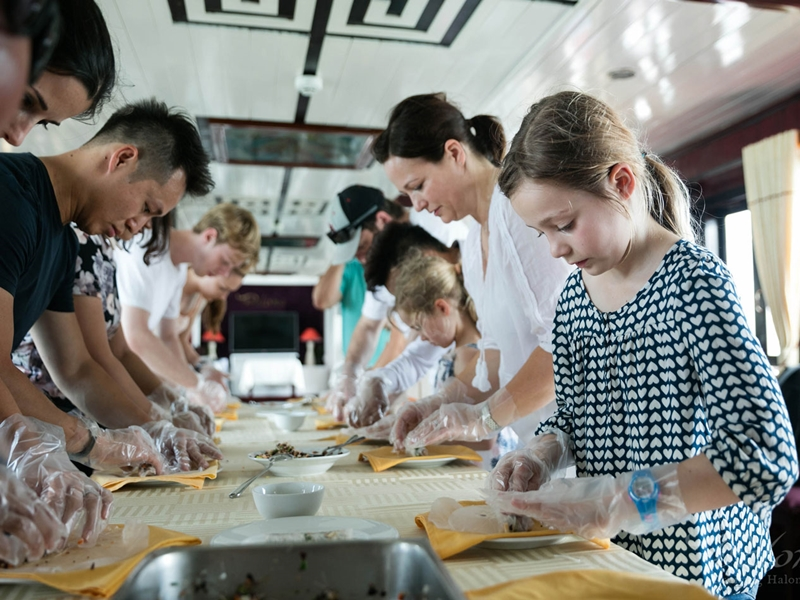 Cooking Class in Halong Bay Vietnam, Cozy Vietnam Travel, Vietnam Tours