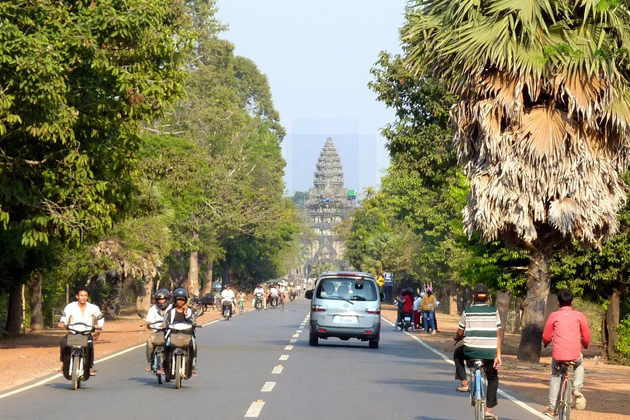 Road in Siem Reap, Cozy Vietnam Travel