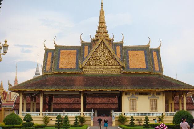 Phnom Penh City Tour, Combodia Tours, Cozy Vietnam Package Tours