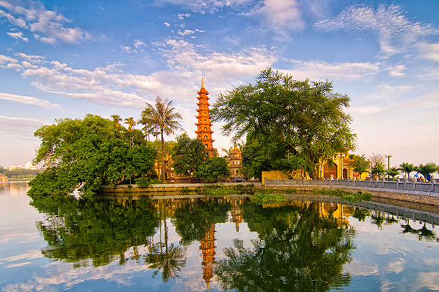 Tran Quoc Pagoda in Ha Noi, Tours, Hanoi, Cozy Vietnam Travel